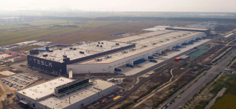 Nova fábrica da Tesla na China tem capacidade de produzir mais de 200 mil unidades por ano
