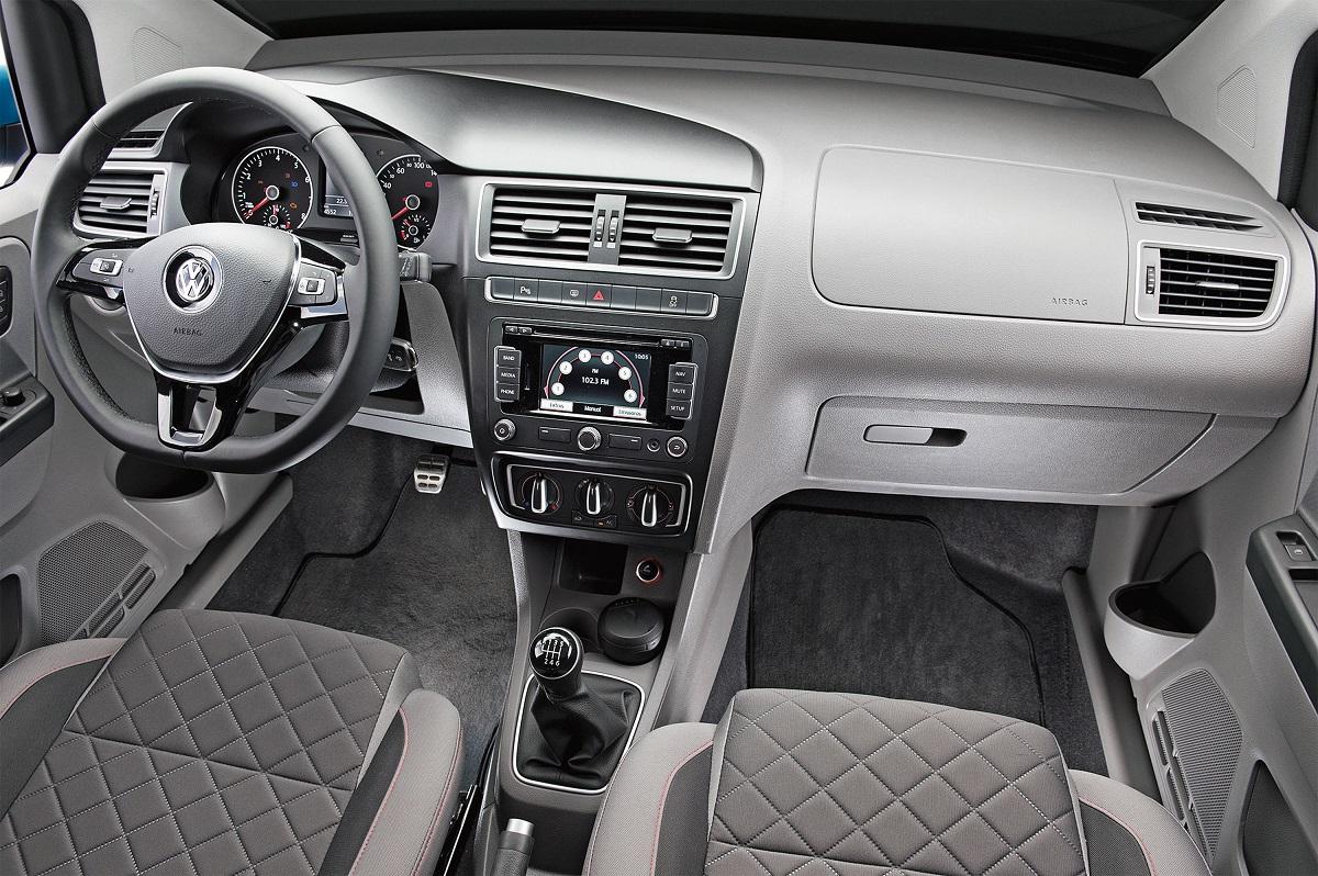 Volkswagen Fox (3a Geração) testado por QUATRO RODAS (interior)