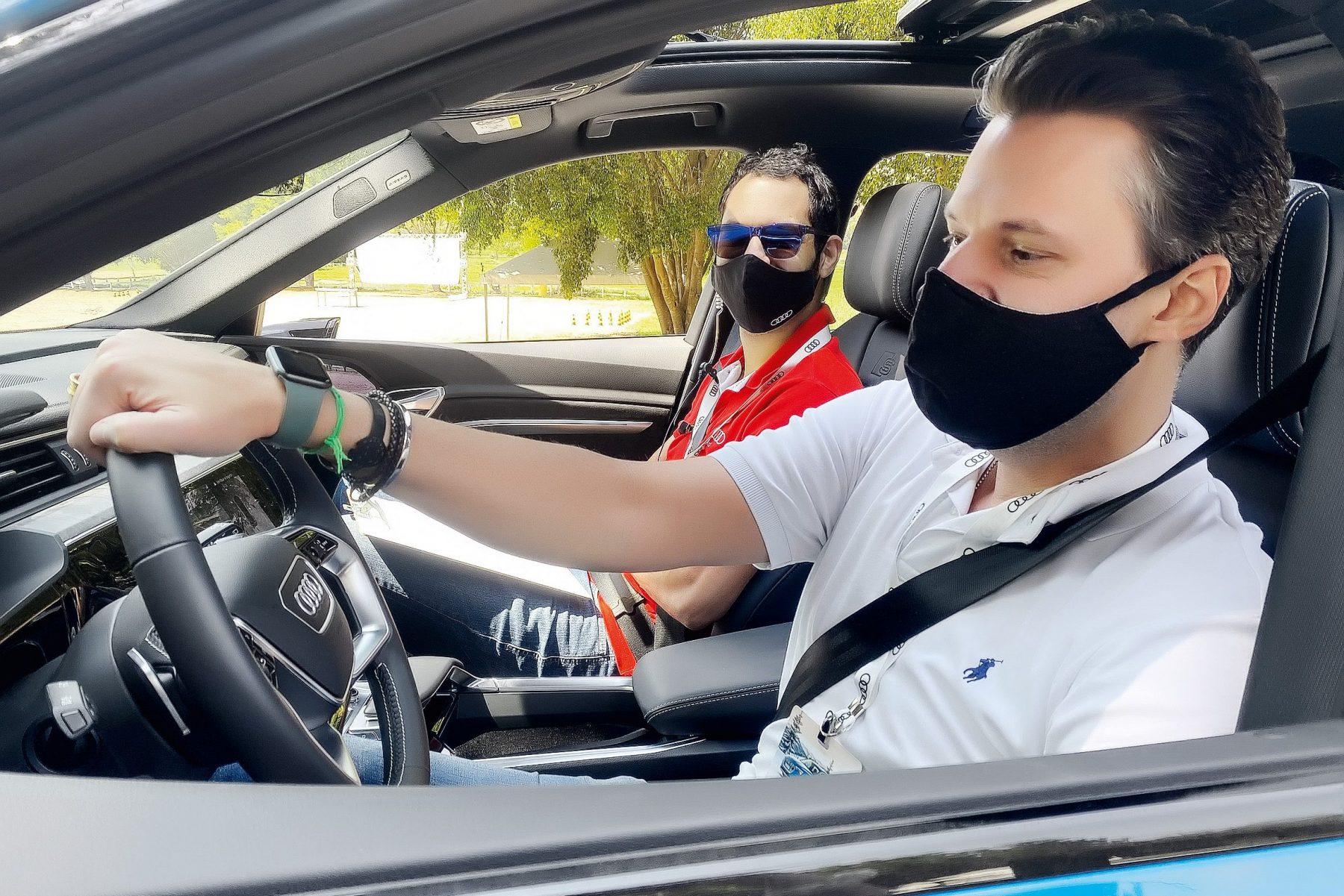 Treinamento de vendas Audi e-tron.