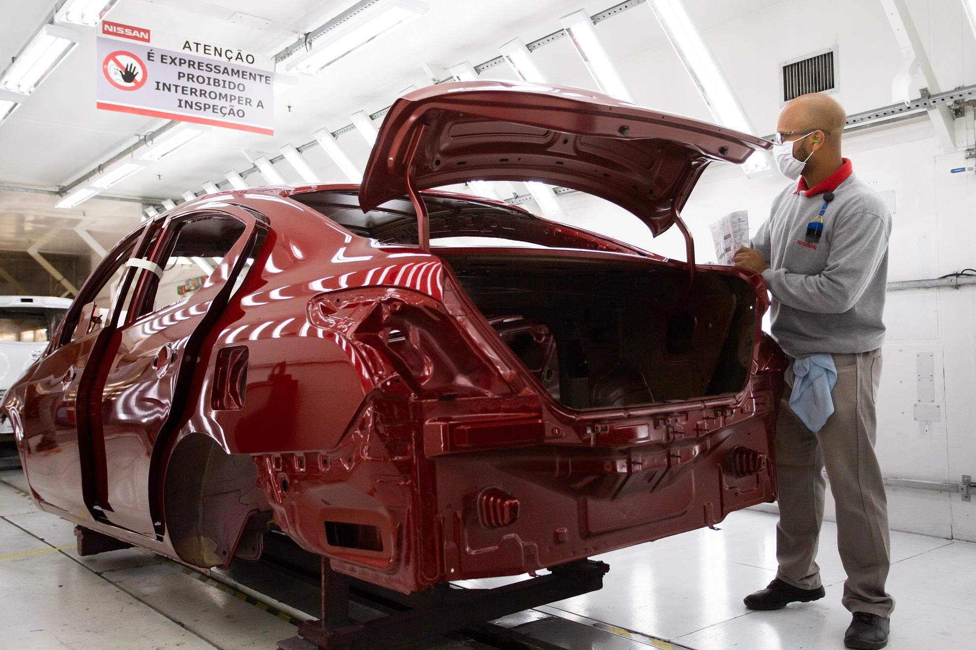 Funcionários da fábrica da Nissan entrarão de férias a partir desta sexta-feira (26)