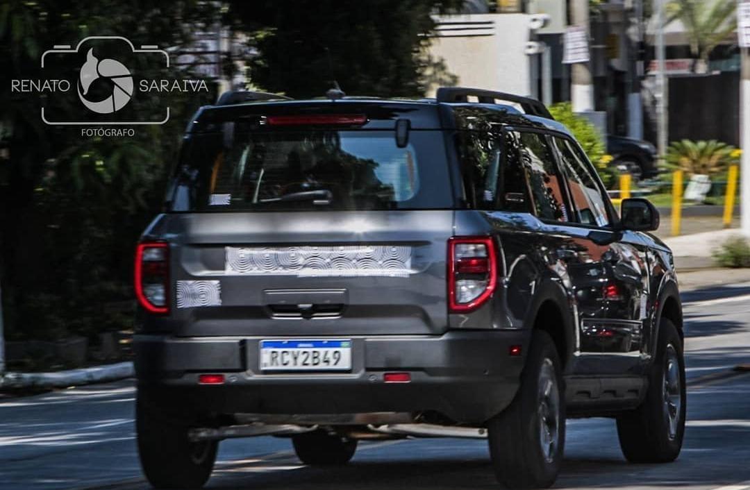 Ford Bronco Sport Flagrado rodando por São Paulo