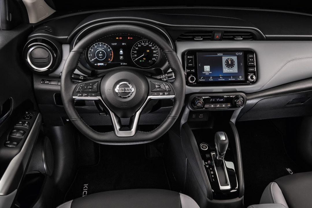 Comparativo Chevrolet Tracker x Novo Nissan Kicks QUATRO RODAS.