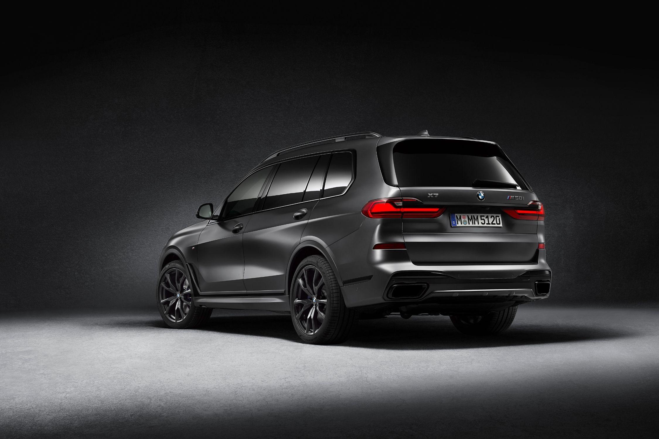 BMW X7 Dark Shadow Edition tem um quê fashion a mais