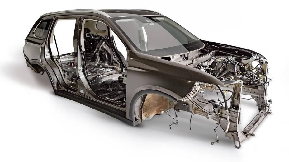 Pe%C3%A7as-Mitsubishi-Outlander-Longa-Du