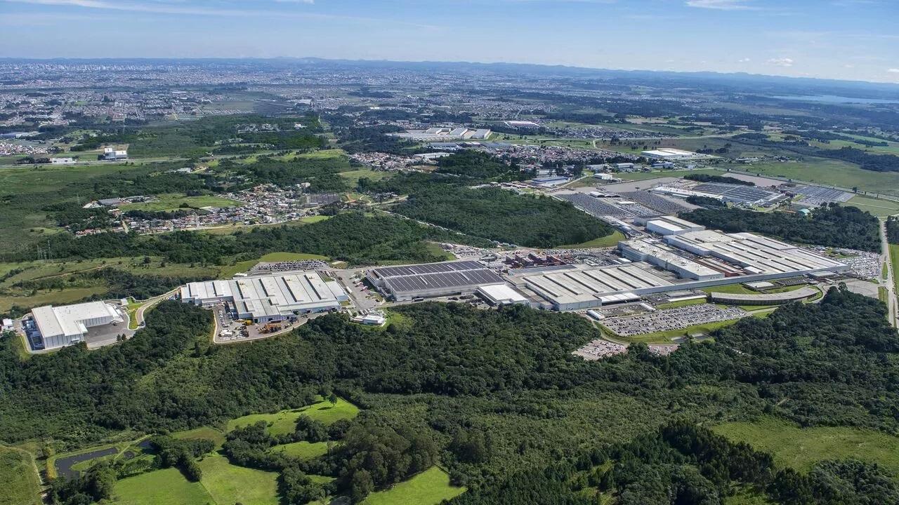 Vista aérea do complexo da Renault em São José dos Pinhais