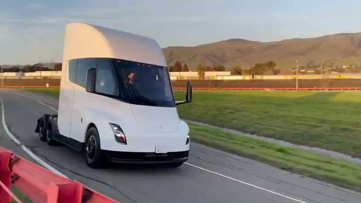 Não restam dúvidas de que o Tesla Semi saiu do papel