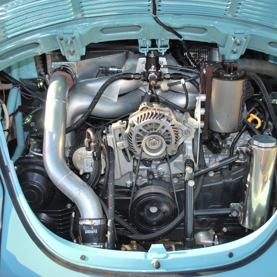 Reynolds fez o necessário para acoplar o motor de Subaru em seu Supersleeper