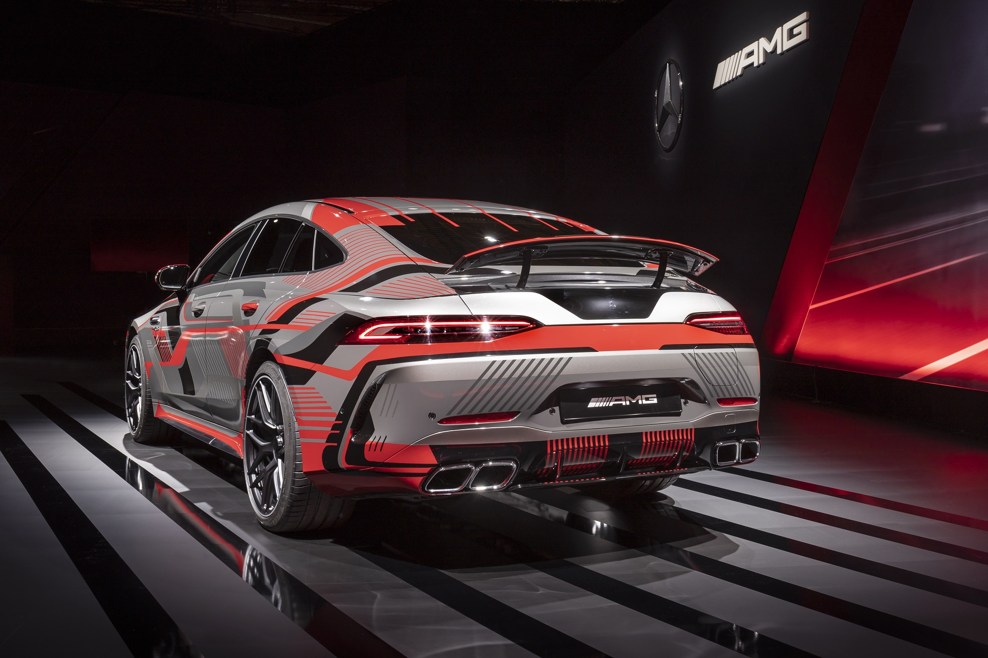 TecDAY AMG Future of Driving Performance Eigenständige E PERFORMANCE Antriebsstrategie für Performance-Hybride TecDAY AMG Future of Driving PerformanceIndependent E PERFORMANCE drivetrain strategy for performance hybrids