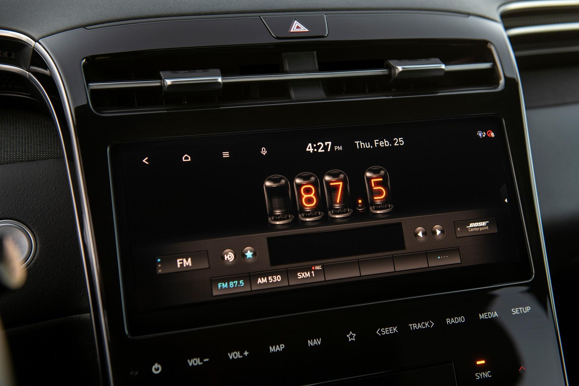 Central multimídia é a mesma do Tucson, com suporte a Android Auto e Apple Carplay