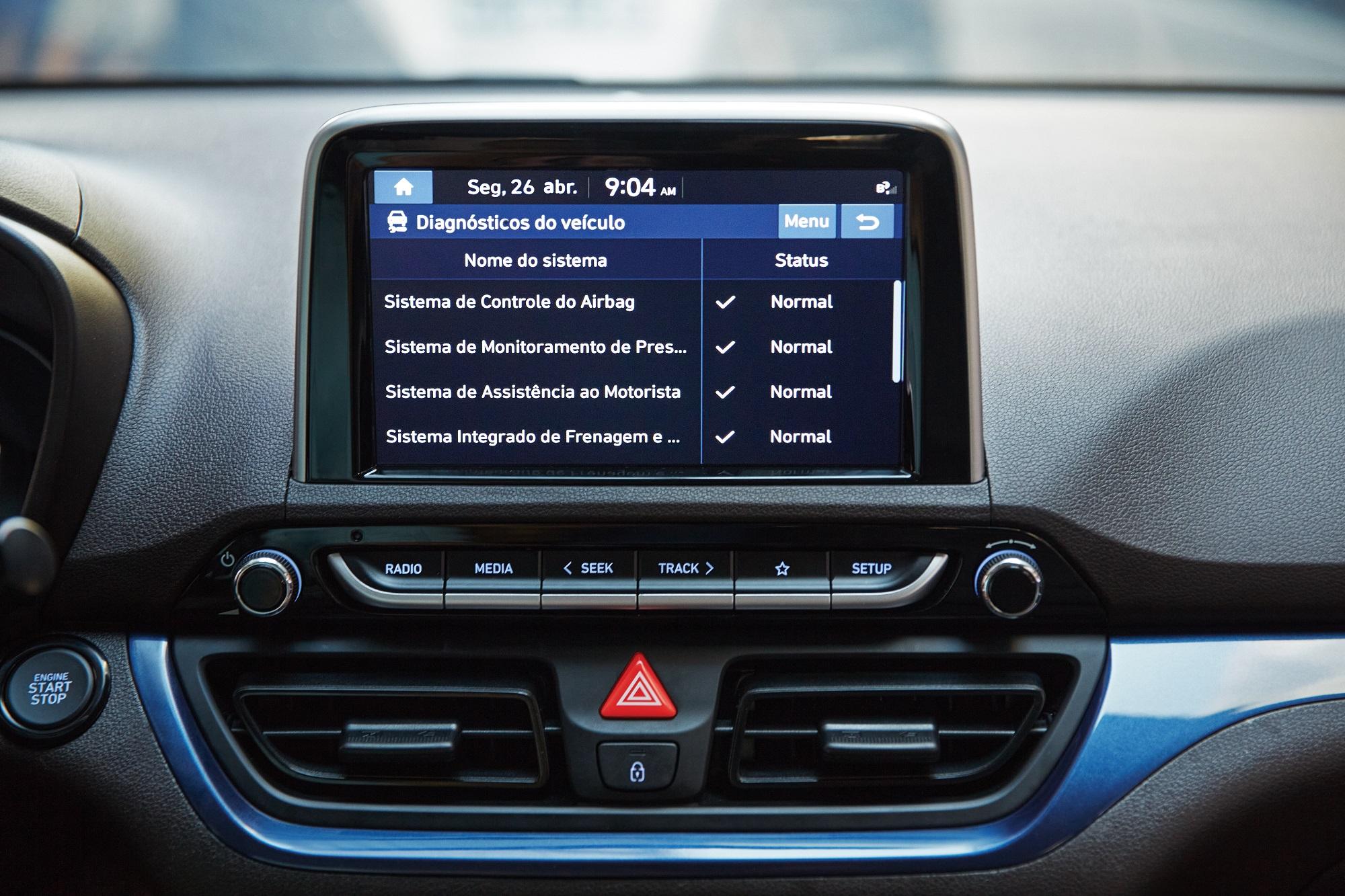 Como o sistema depende de sensores embarcados, não é possível instalá-lo em veículos usados