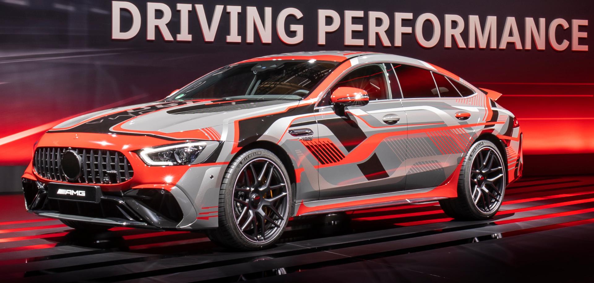 O novo cupê Mercedes-AMG GT, de quatro portas