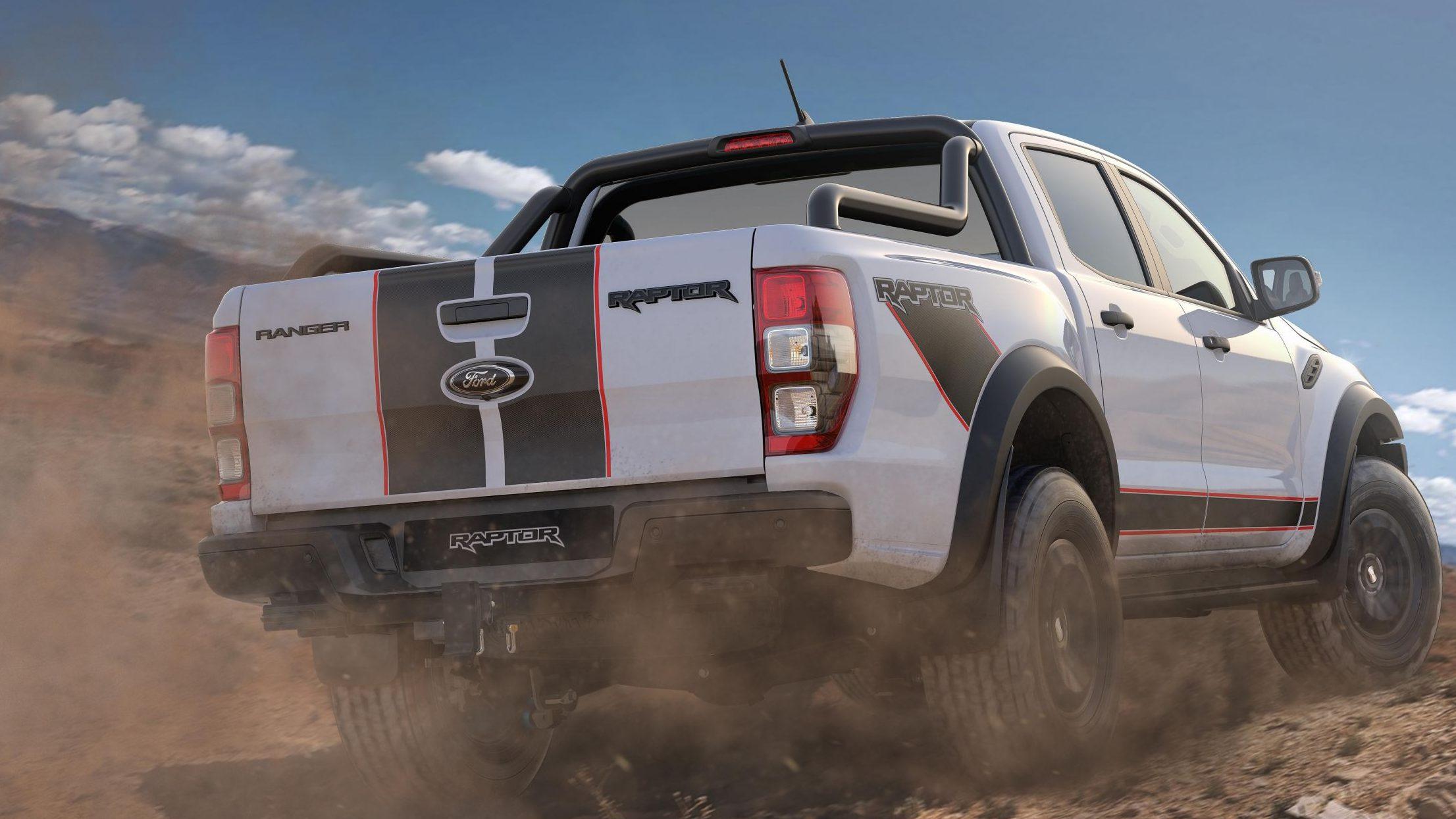 Para tentar justificar seu preço, a Raptor X tem muitos detalhes visuais ao redor da carroceria