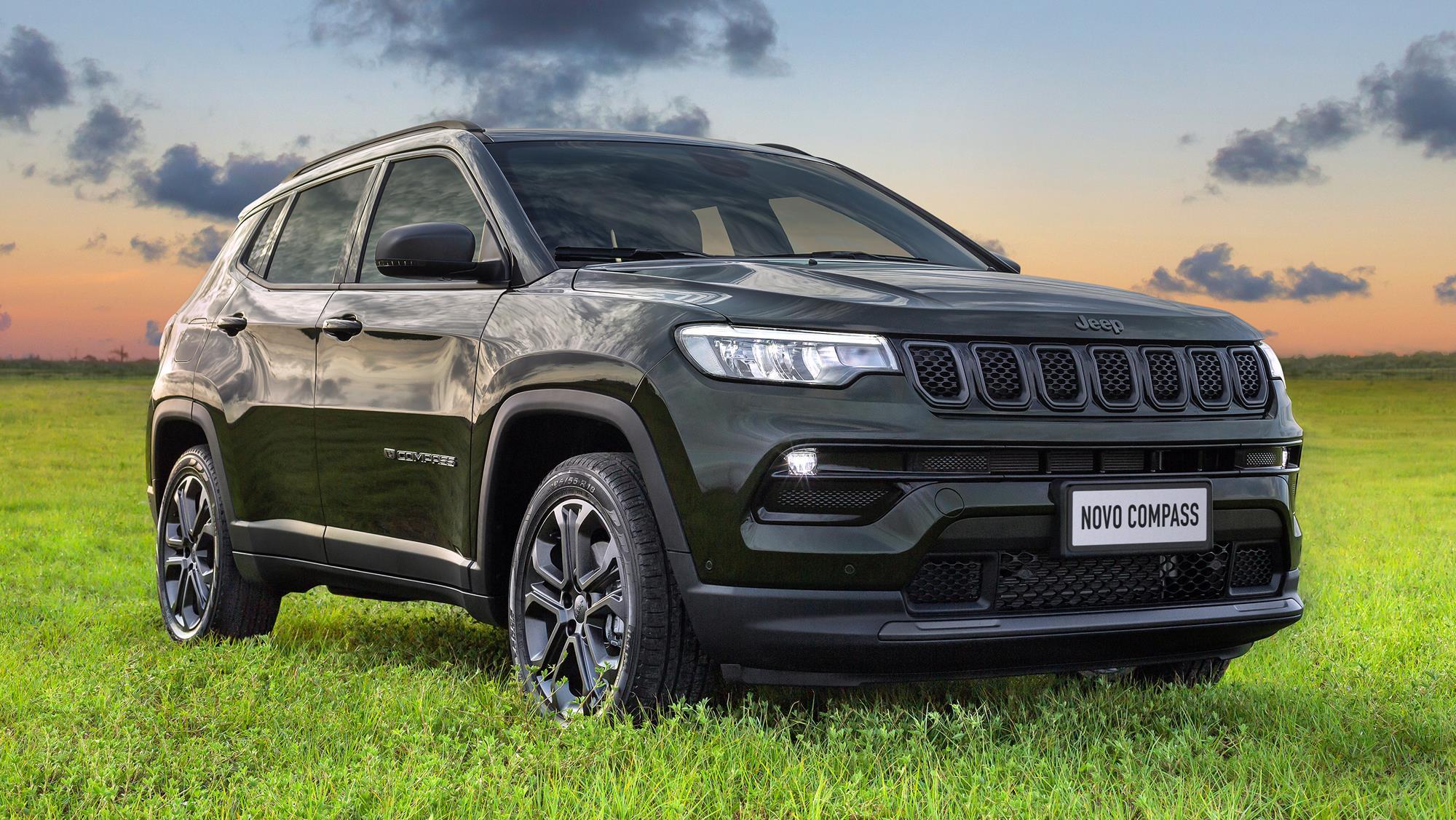 Jeep Compass 2022 80 anos (9)