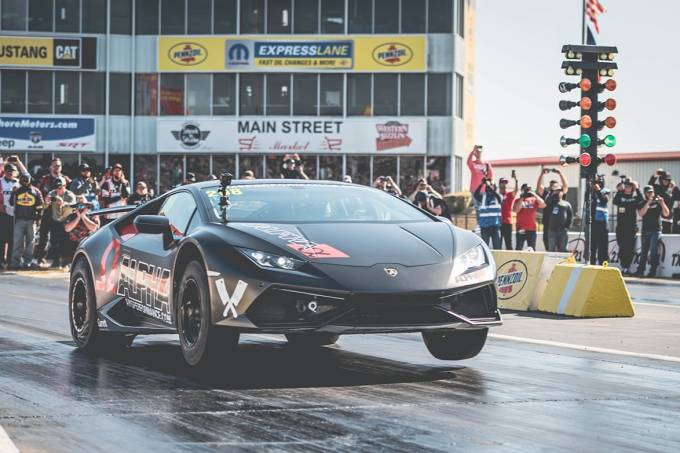 Lamborghini Huracan AMS Performance (1)