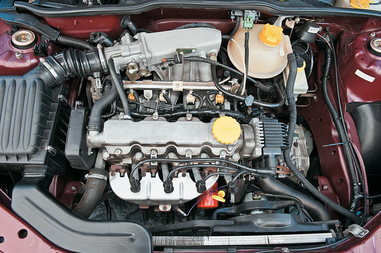 Motor do Corsa Wind modelo 1997 da Chevrolet.