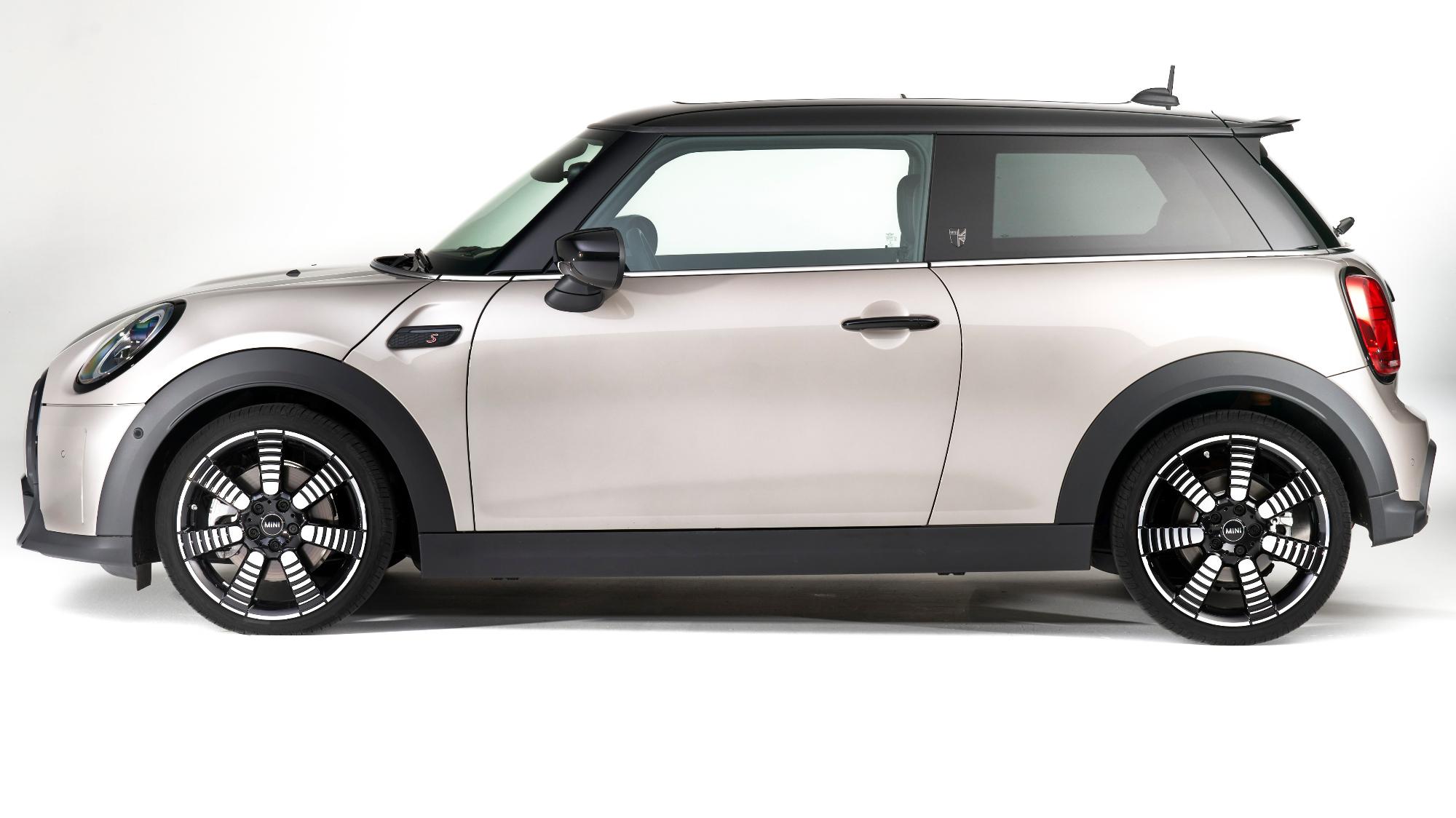 Versão Exclusive de três portas é o novo Mini mais barato do Brasil