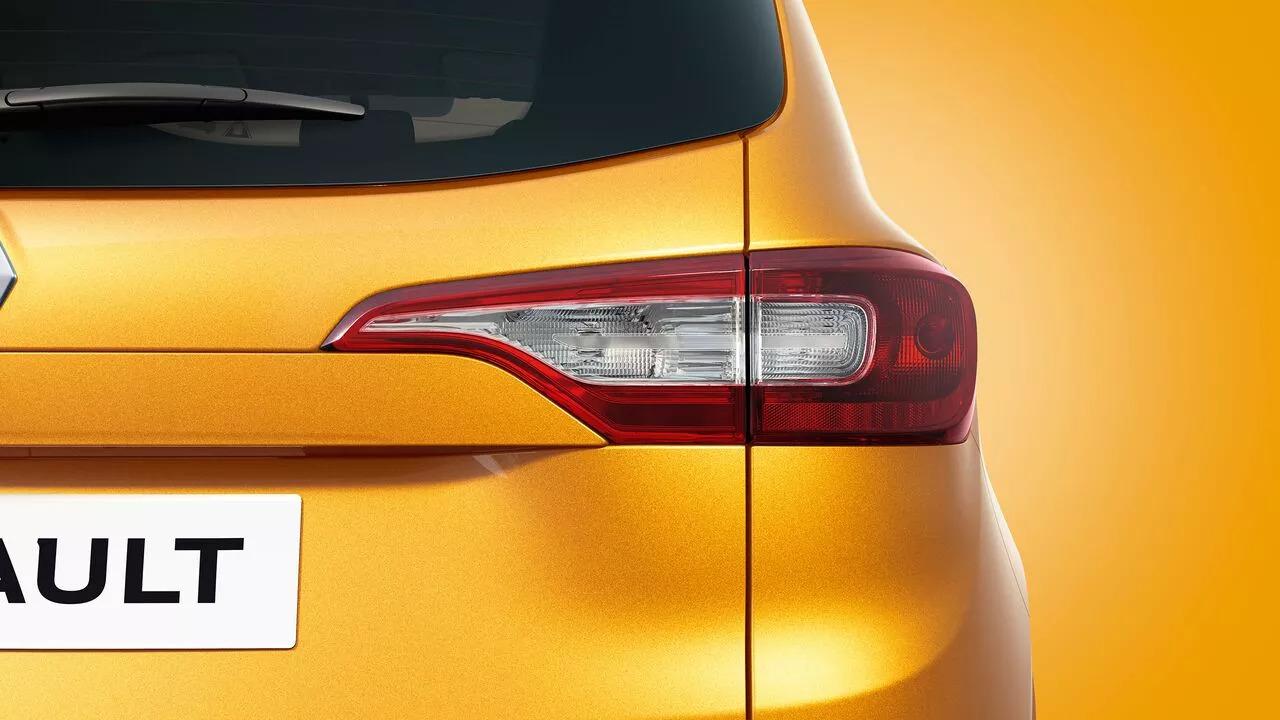 Lanterna traseira do Renault Triber 2021