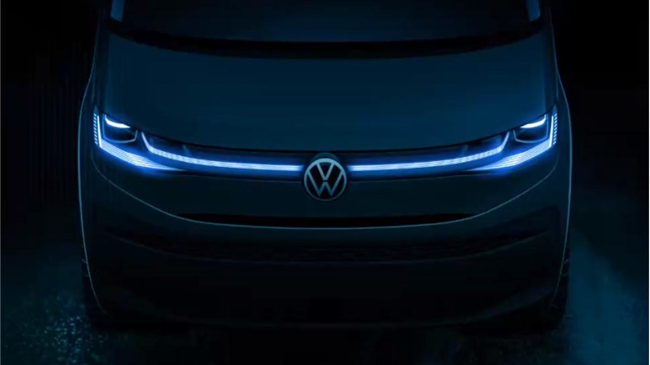 Volkswagen T7 Multivan teaser grade iluminada