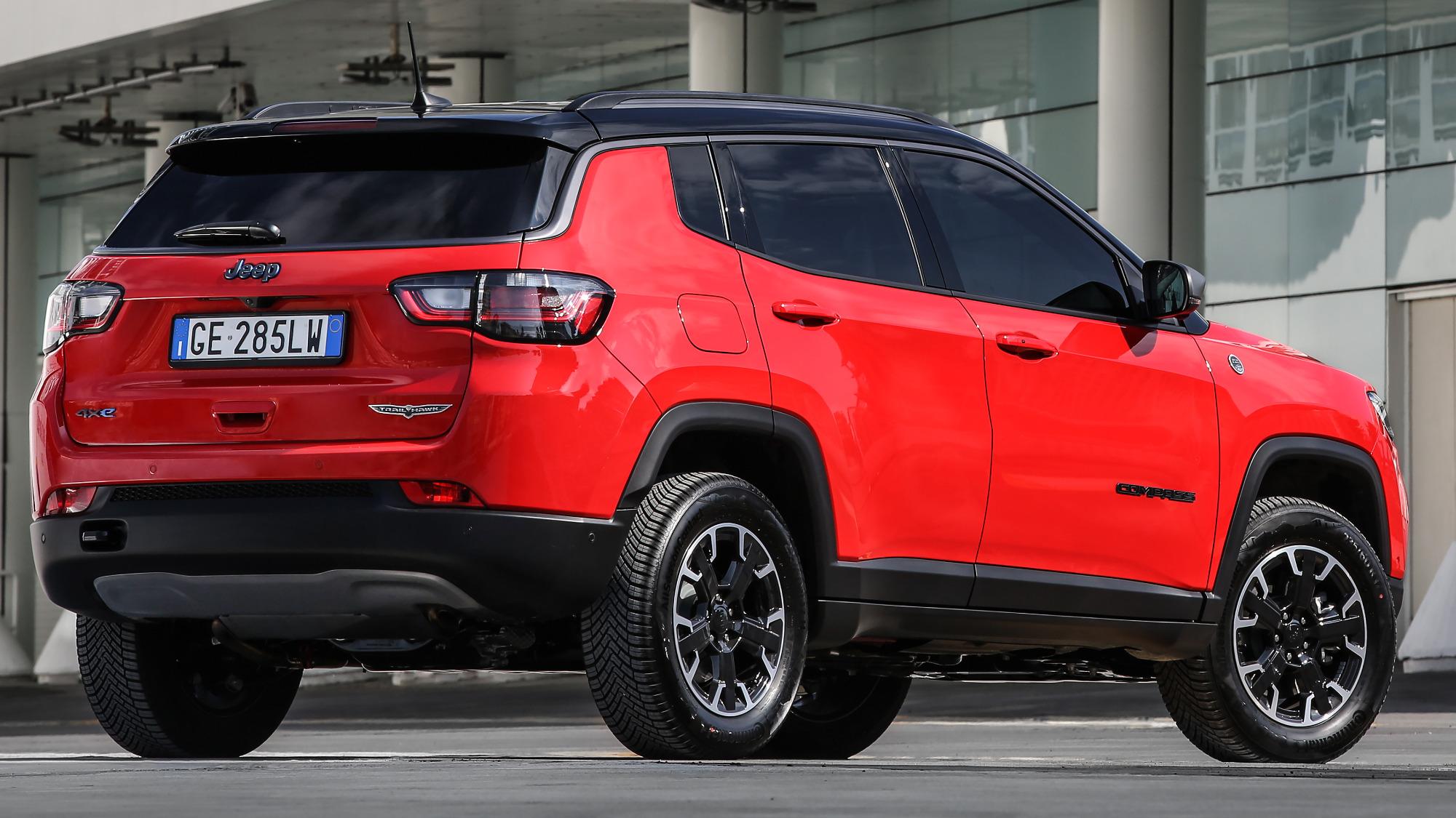 O novo Jeep Compass Trailhawk 4xe 2022
