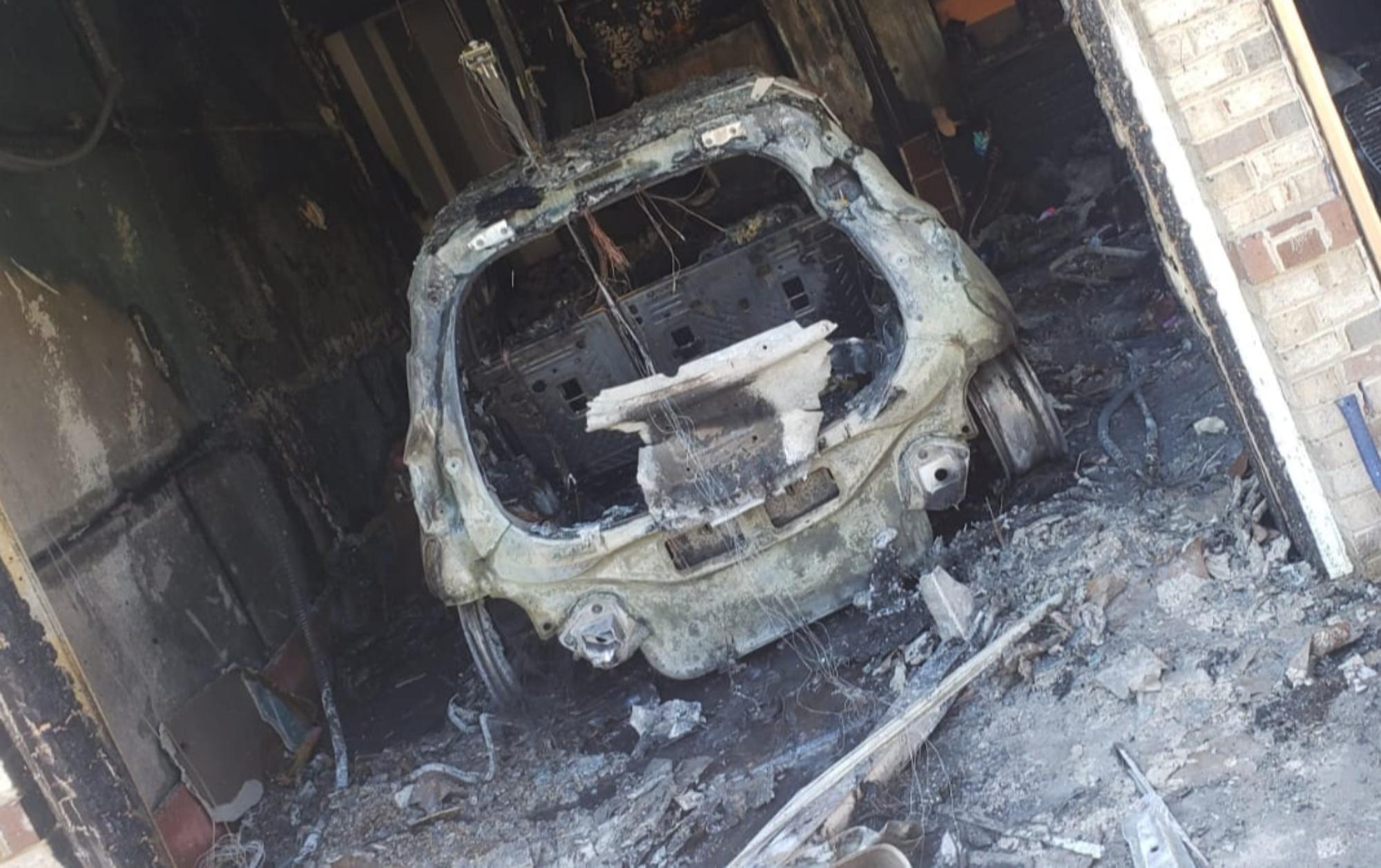 Bolt destruído em incêndio