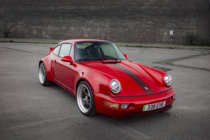 1991-Porsche-911-Widebody-by-Everrati-2