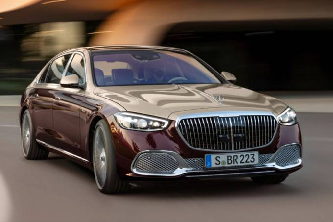 2022-Mercedes-Maybach-S680-V1238