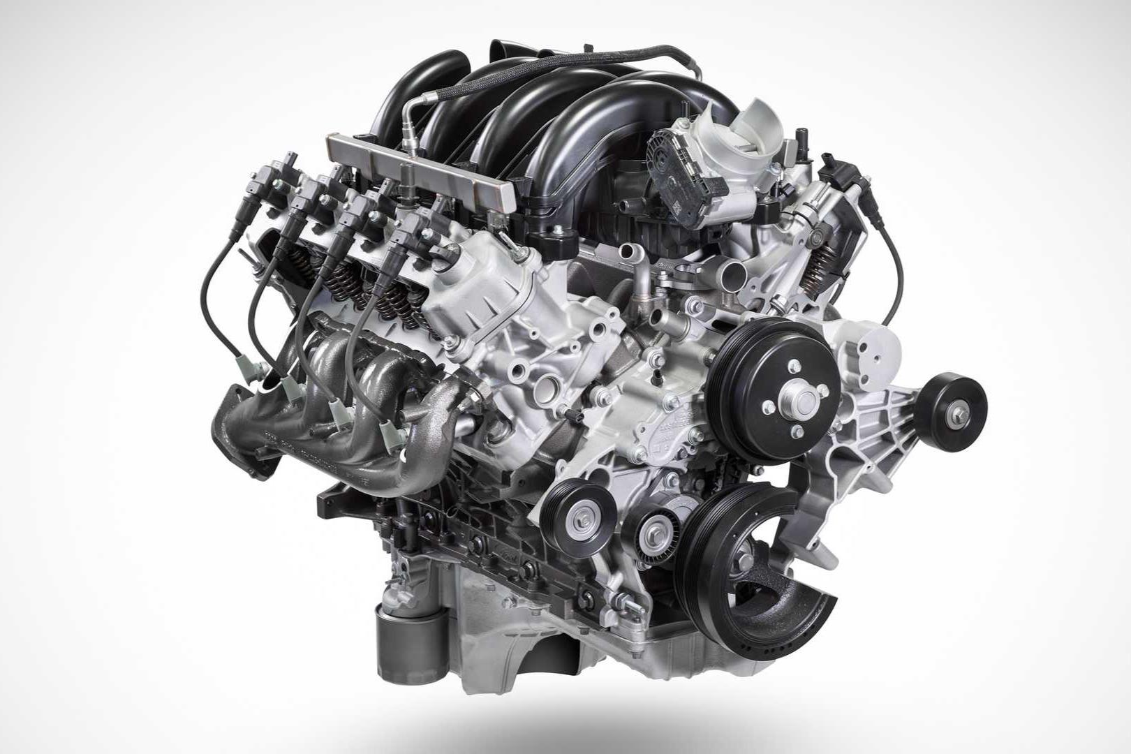 motor V8 Godzilla 7.3