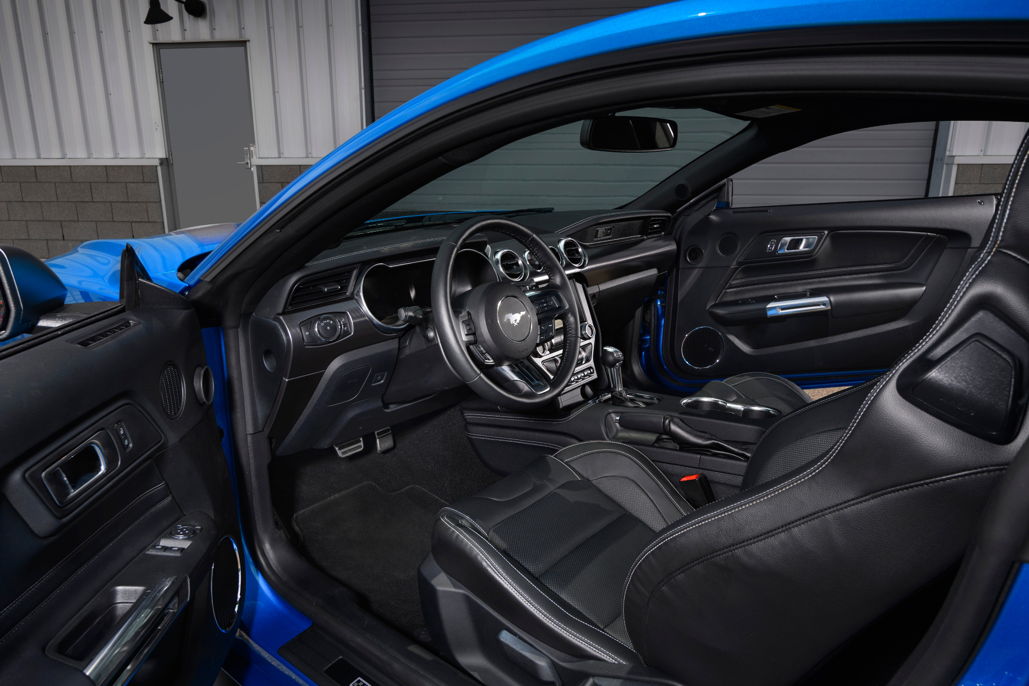Ford Mustang Mach 1 2021 interior