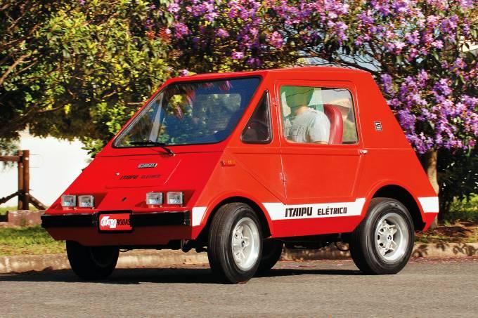 Itaipu, automóvel elétrico da Gurgel, testado pela revista Quatro Rodas.