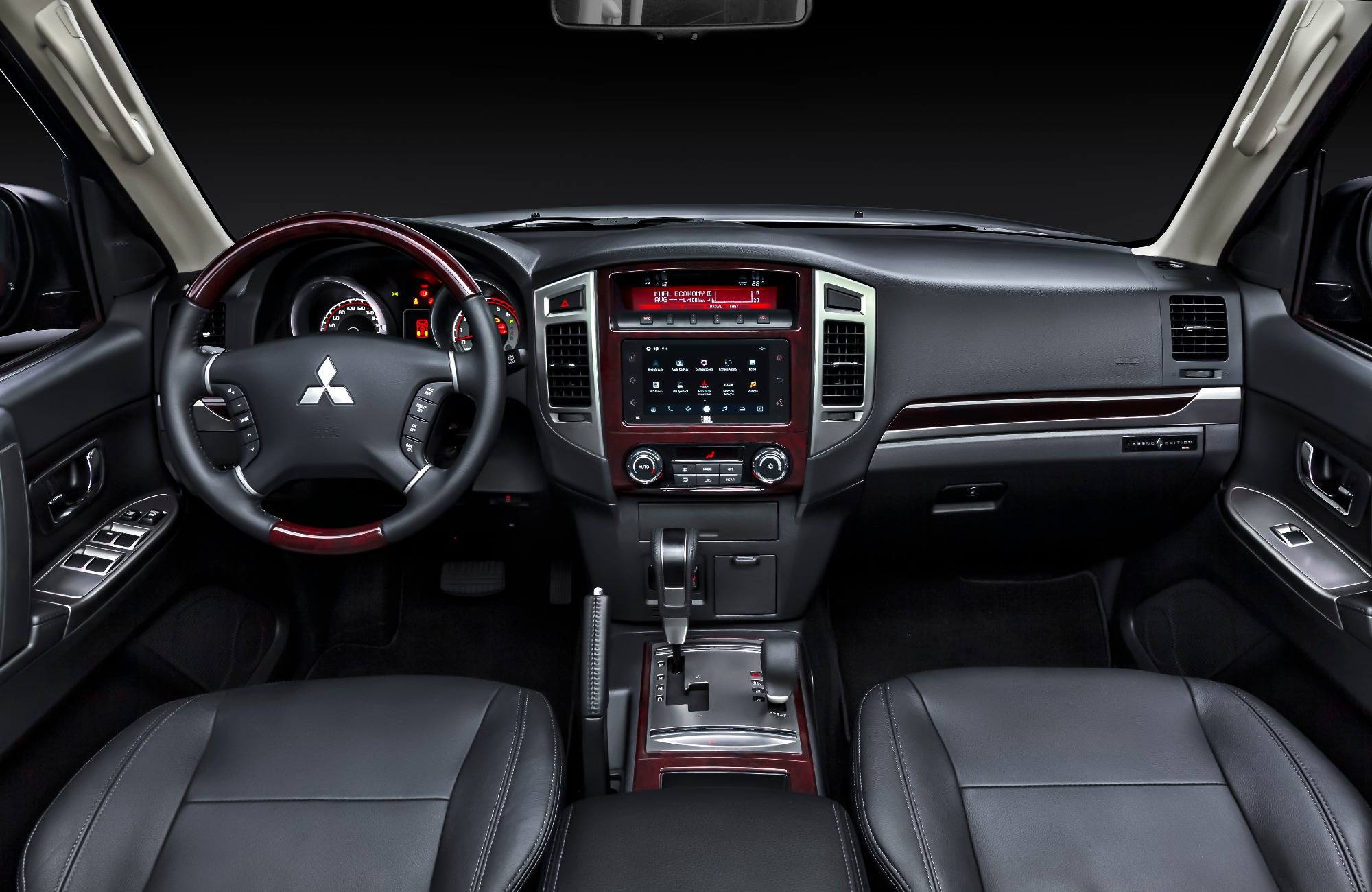 Pajero Full Legend Edition interior 1
