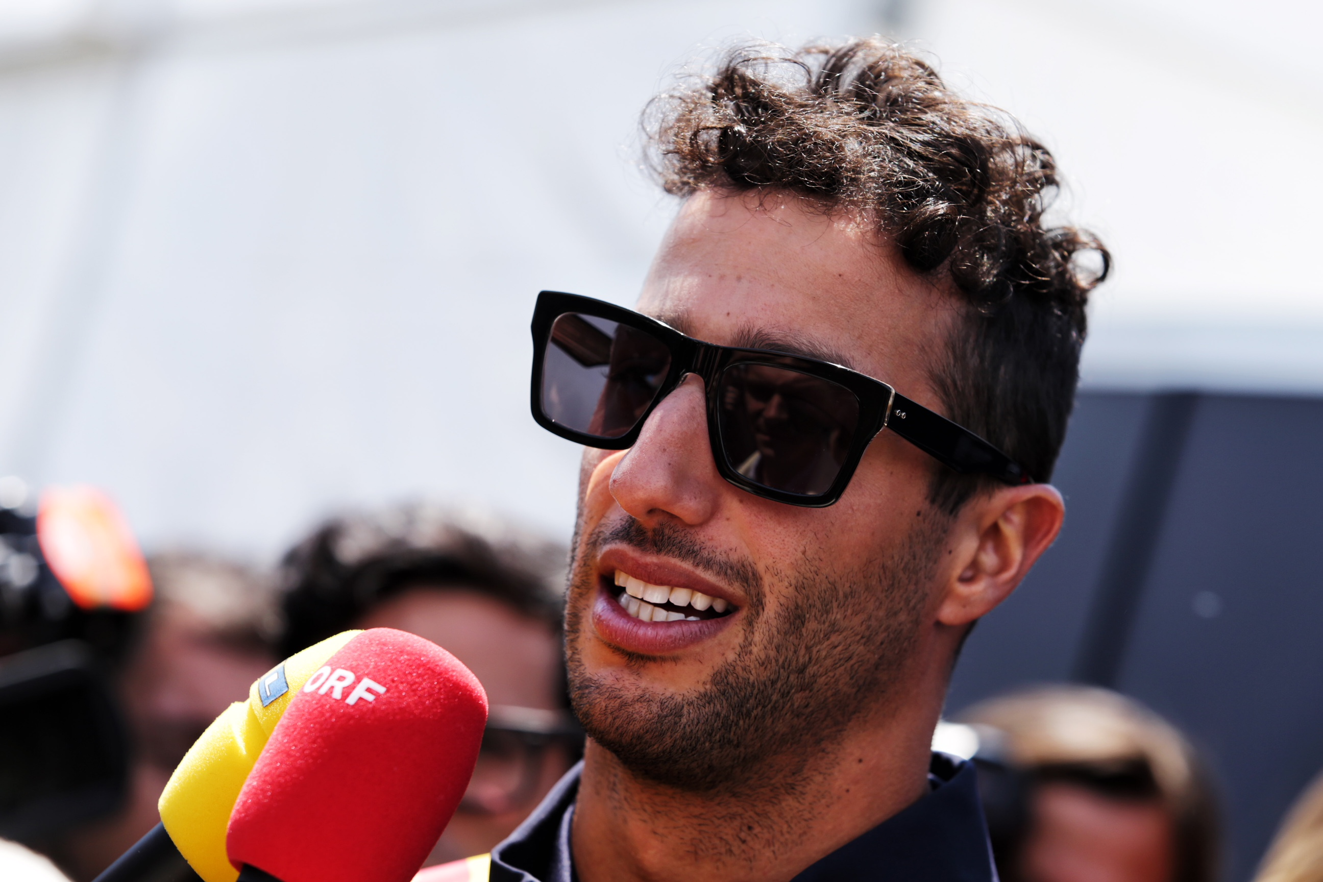 Daniel Ricciardo (AUS) Red Bull Racing with the media. 07.06.2018. Formula 1 World Championship, Rd 7, Canadian Grand Prix, Montreal, Canada, Preparation Day. - www.xpbimages.com, EMail: requests@xpbimages.com - copy of publication required for printed pictures. Every used picture is fee-liable. © Copyright: /