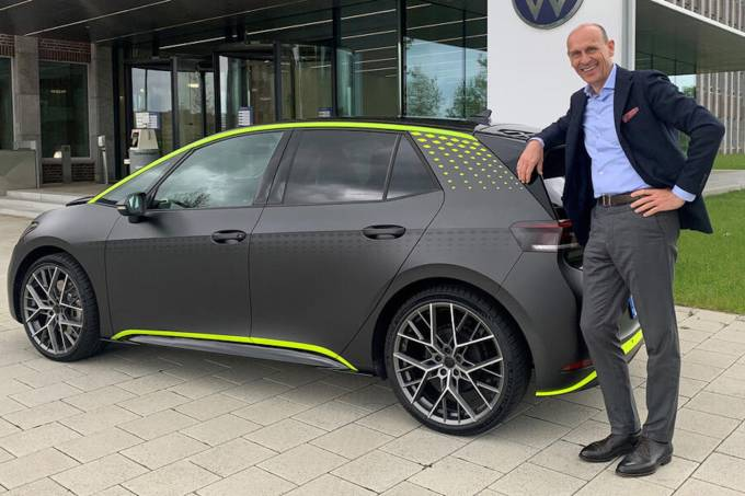 ID.X e CEO da VW