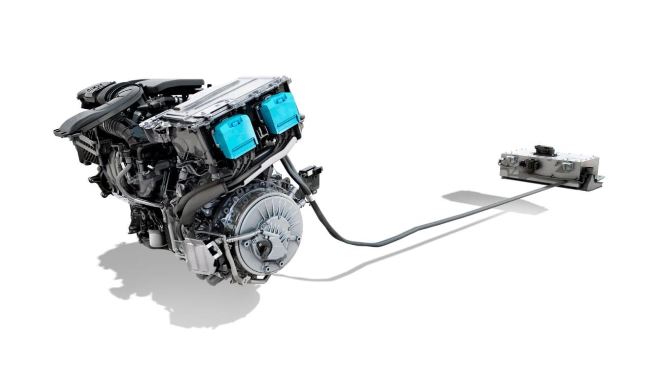 1.3 TCe combinado com motor elétrico ainda é novidade na Europa