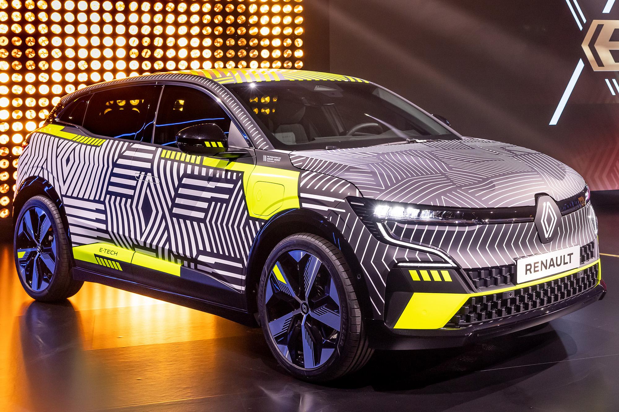 Novo Mégane é um dos pioneiros da nova fase elétrica da Renault, que chegará depois ao Brasil