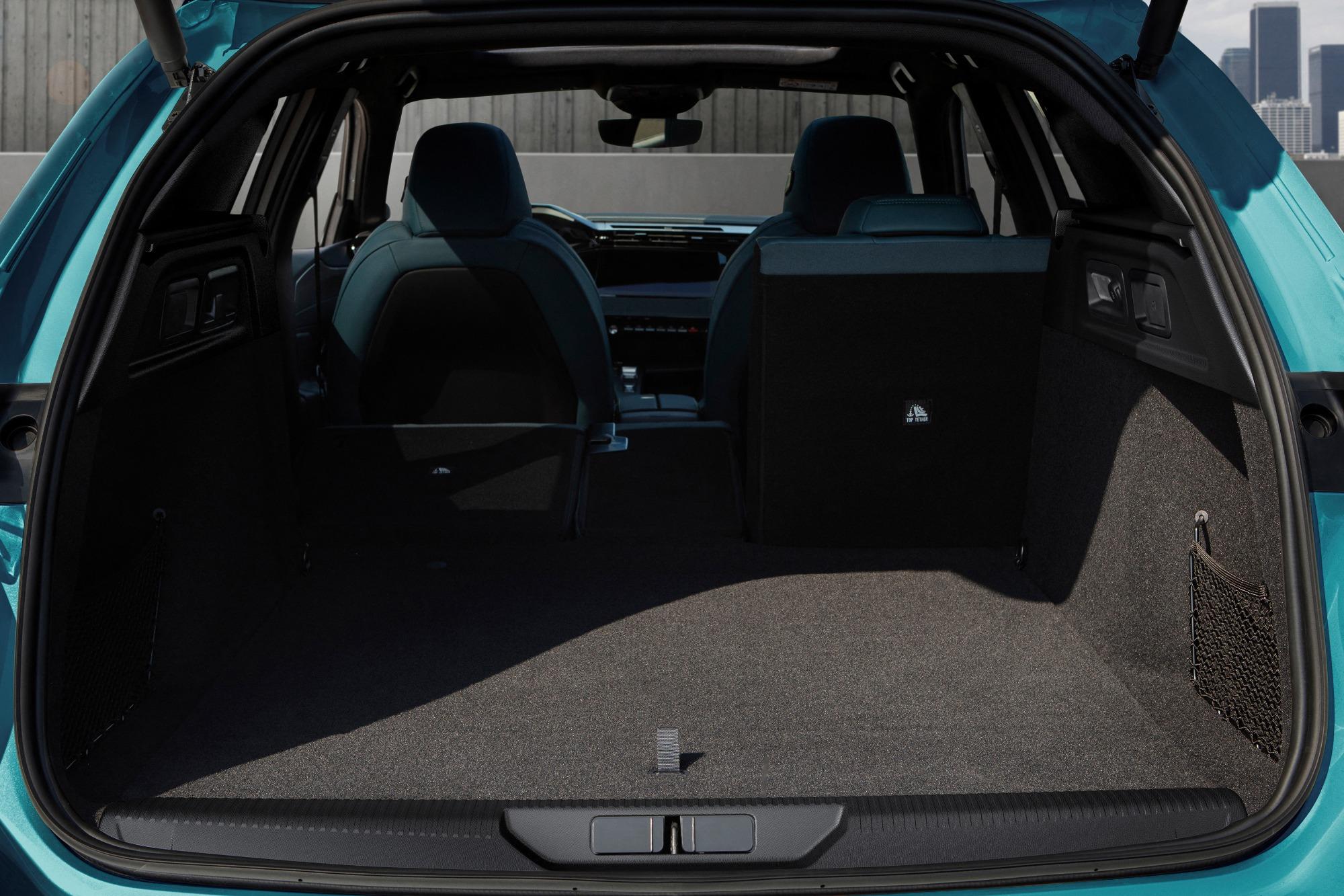 Porta-malas do Peugeot 308 SW 2021