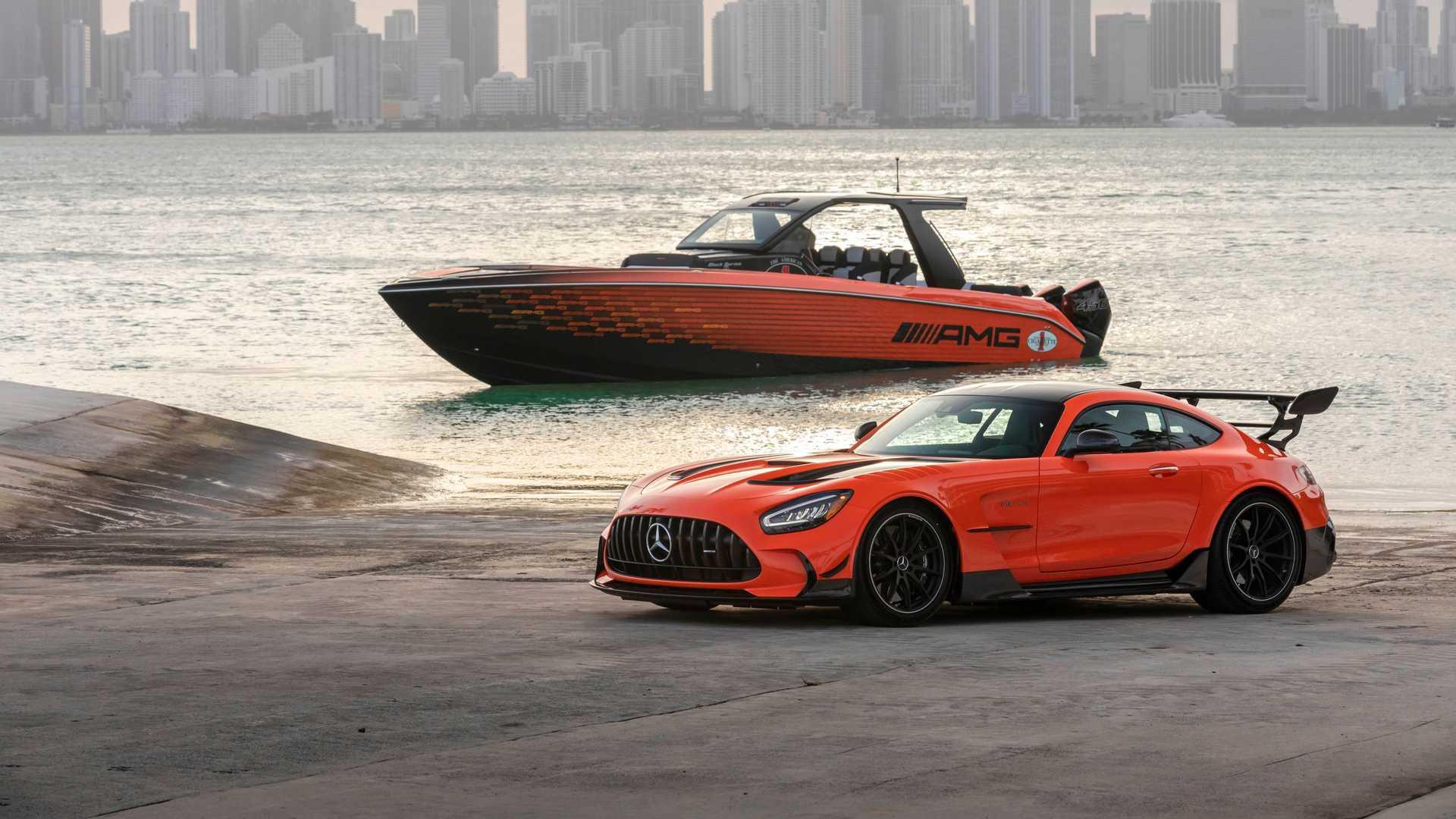 carro e barco black series