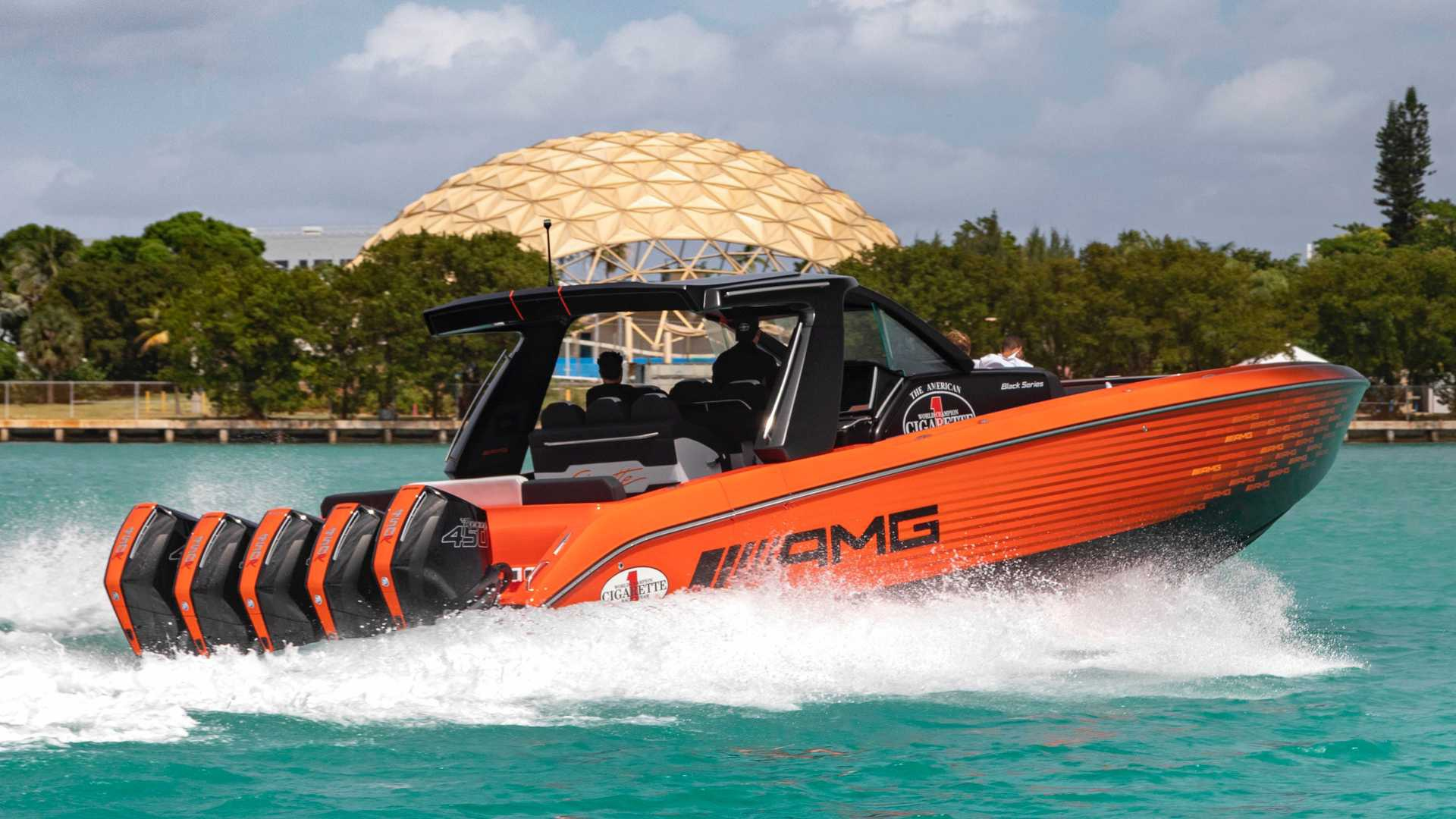 barco amg black series