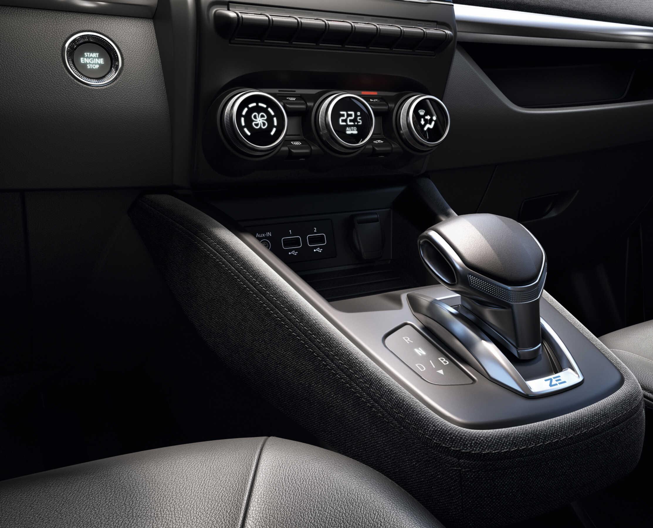 interior-novo-renault-zoe-e-tech-zen-e-intense-2_optimized.jpg