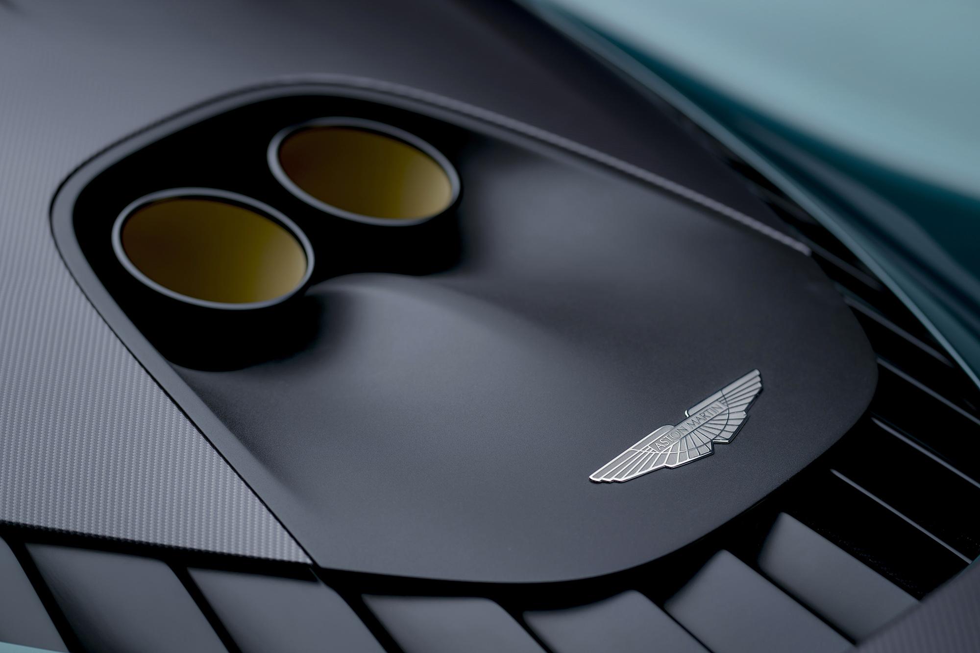 Escapamento do Aston Martin Valhalla