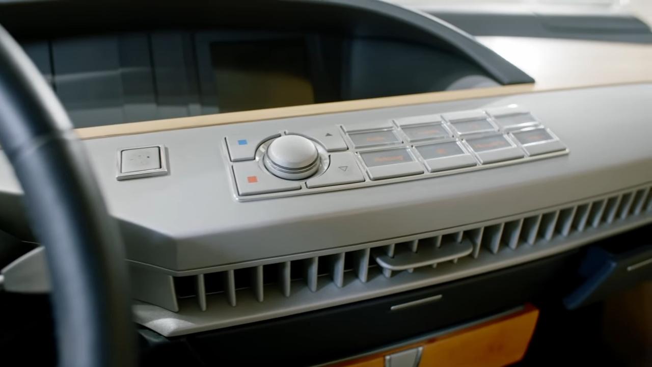 Multimídia BMW protótipo dos anos 90