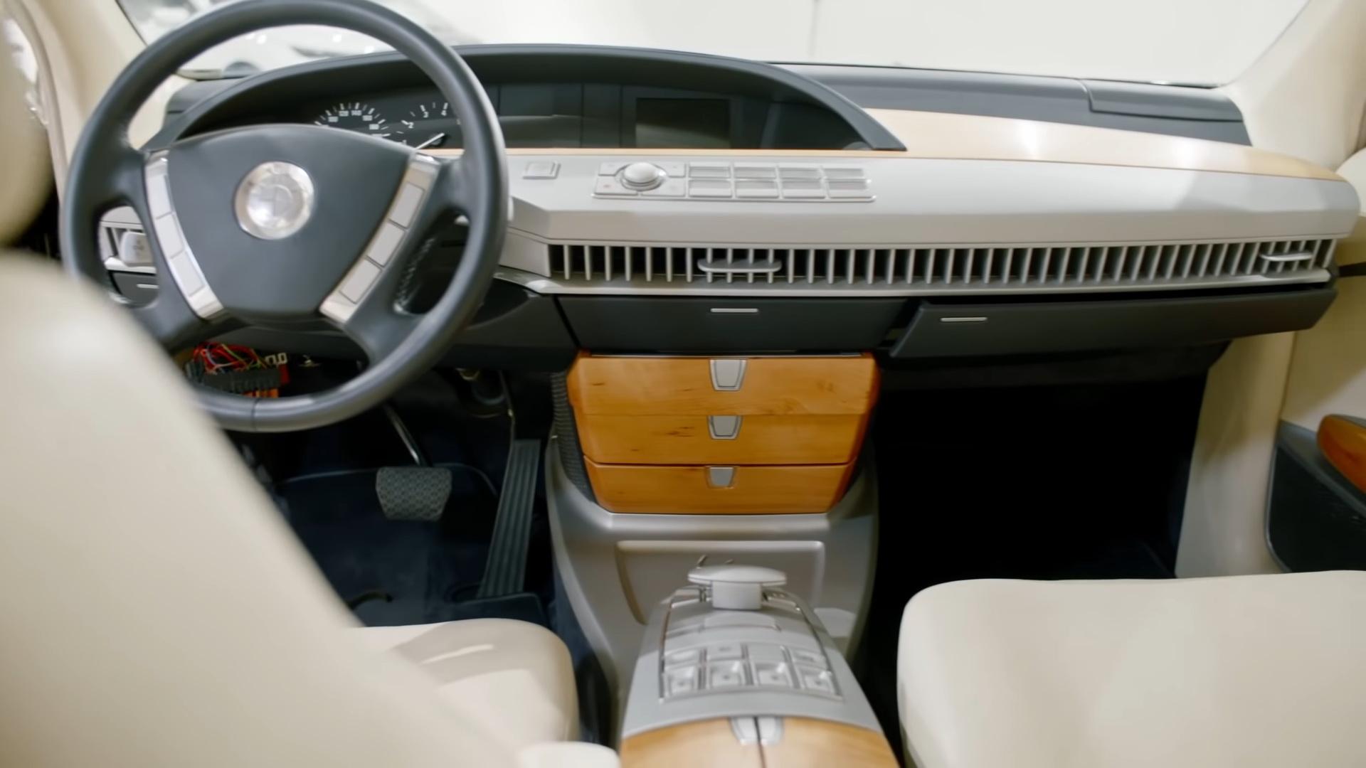 painel protótipo BMW anos 90