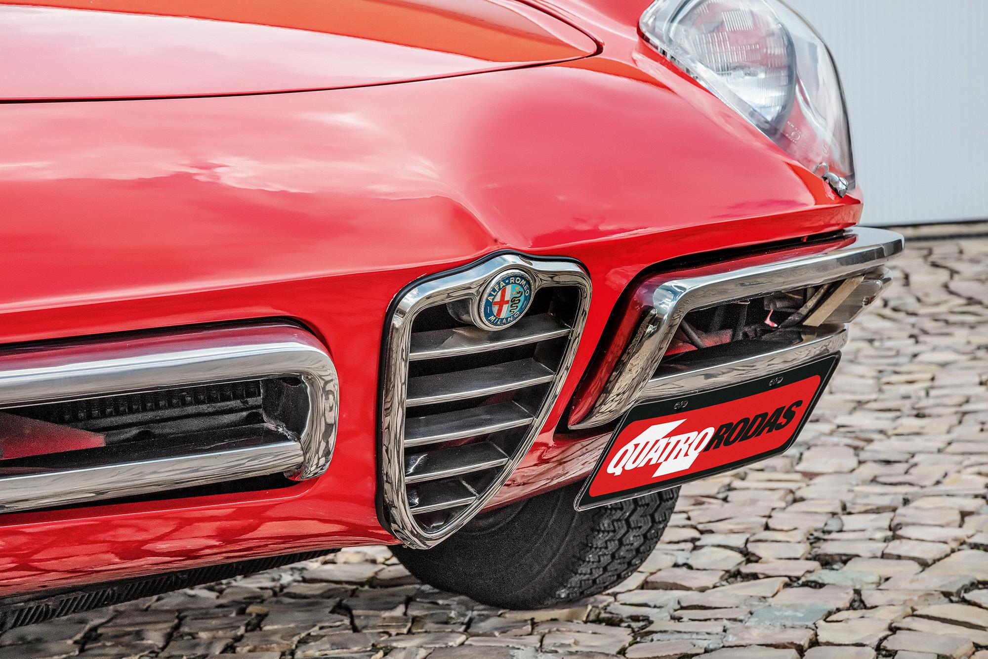 detalhe para-choque Alfa Romeo Spider