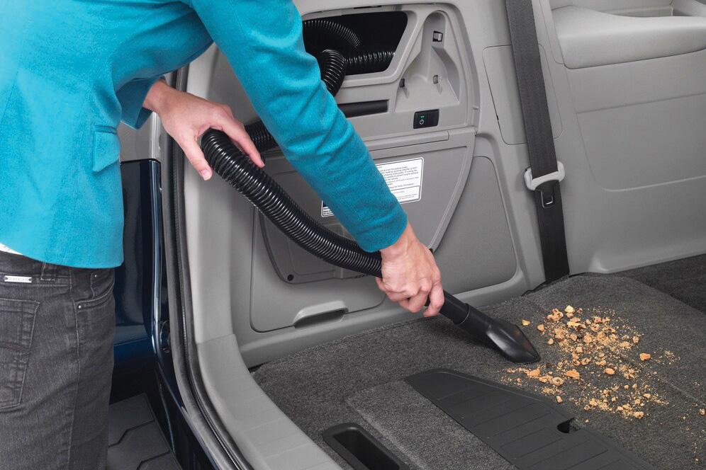 Aspirador no porta-malas do Honda Odyssey