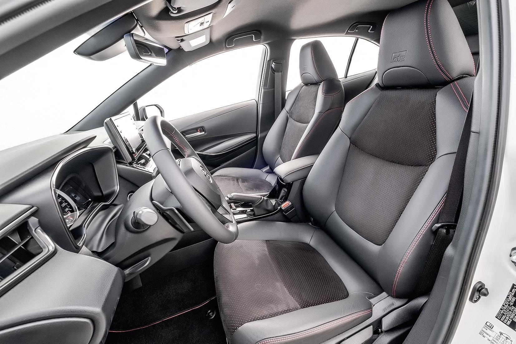 Interior Corolla Gazoo Racing