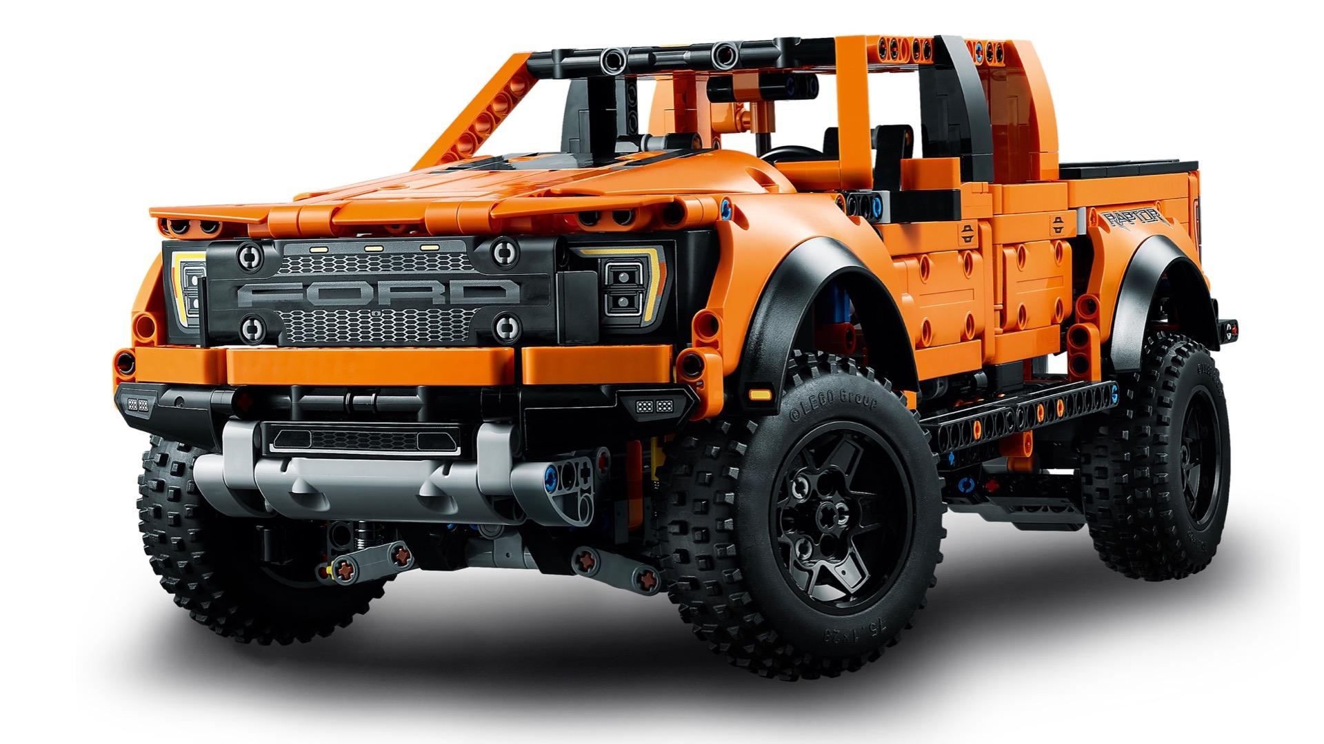 Ford F-150 de LEGO visto 3/4 de frente