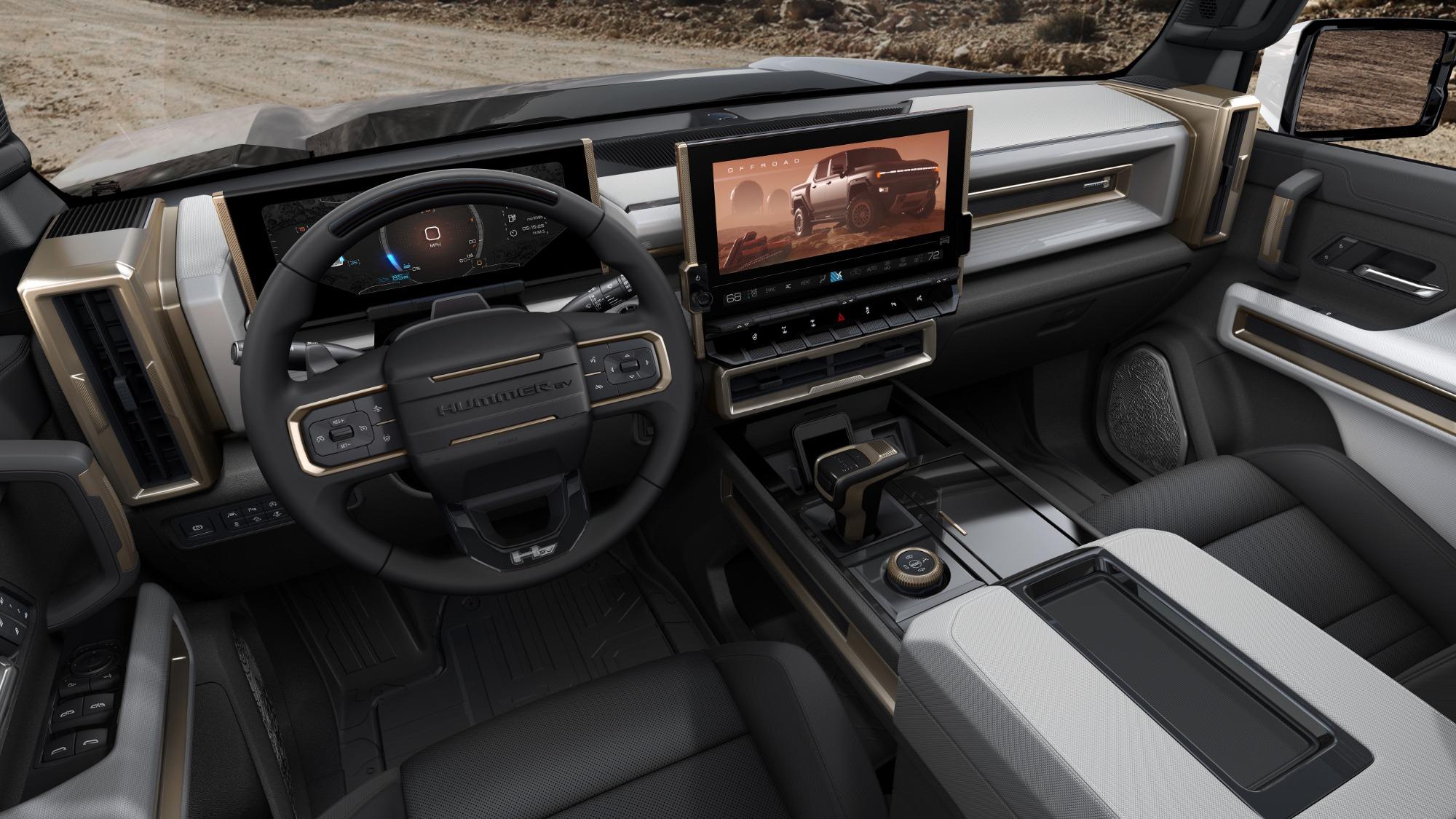 Interior da Picape Hummer elétrica visto do banco do motorista