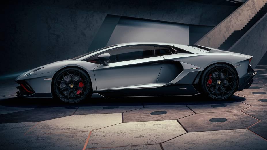 O modelo é o Aventador de rua mais rápido já produzido