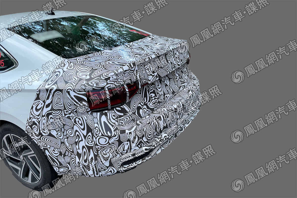 VW dedicou atenção especial à camuflagem das lanternas, sugerindo que uma régua horizontal está escondida