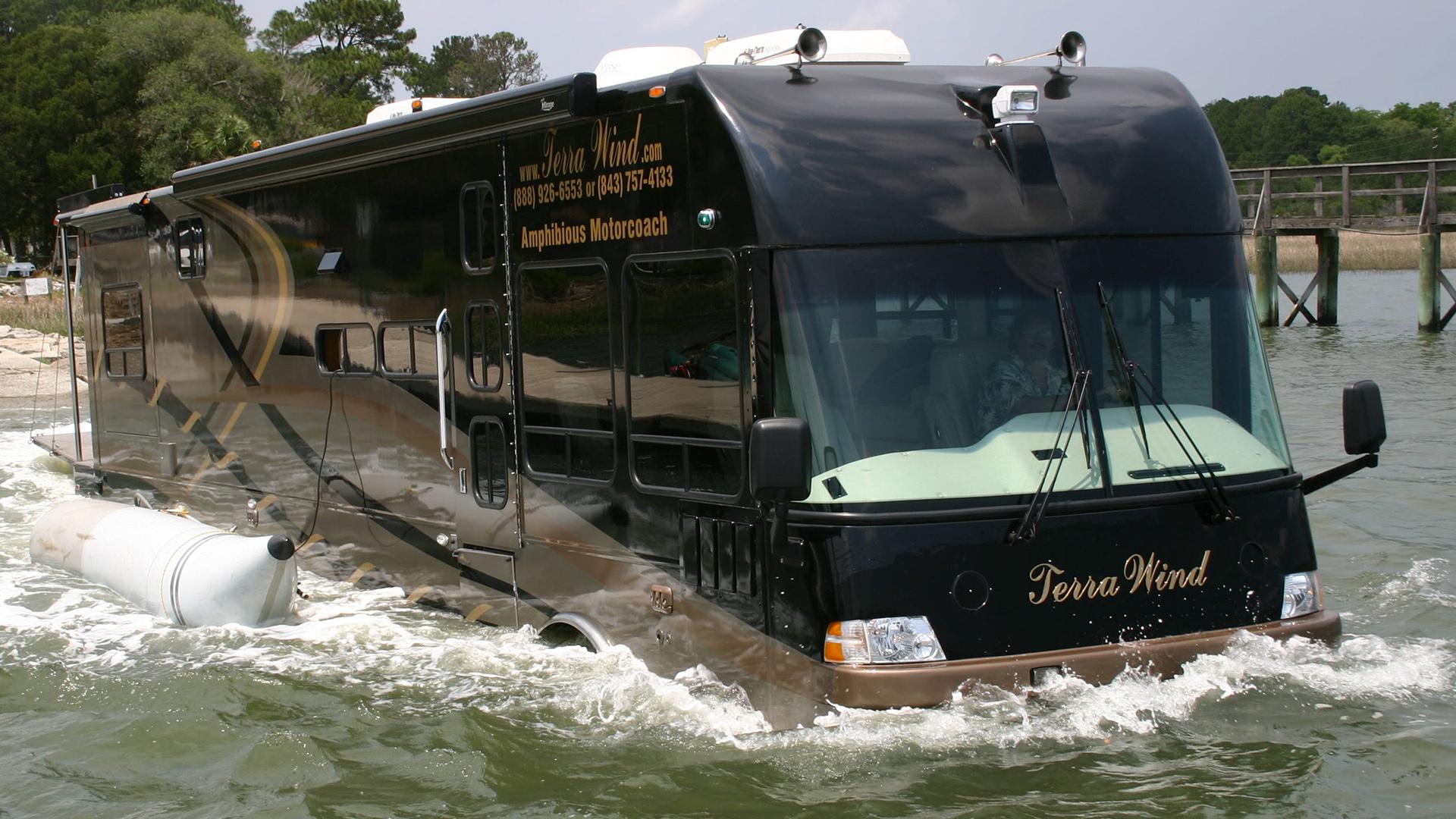 Terra wind é o ônibus híbrido com luxo de um iate