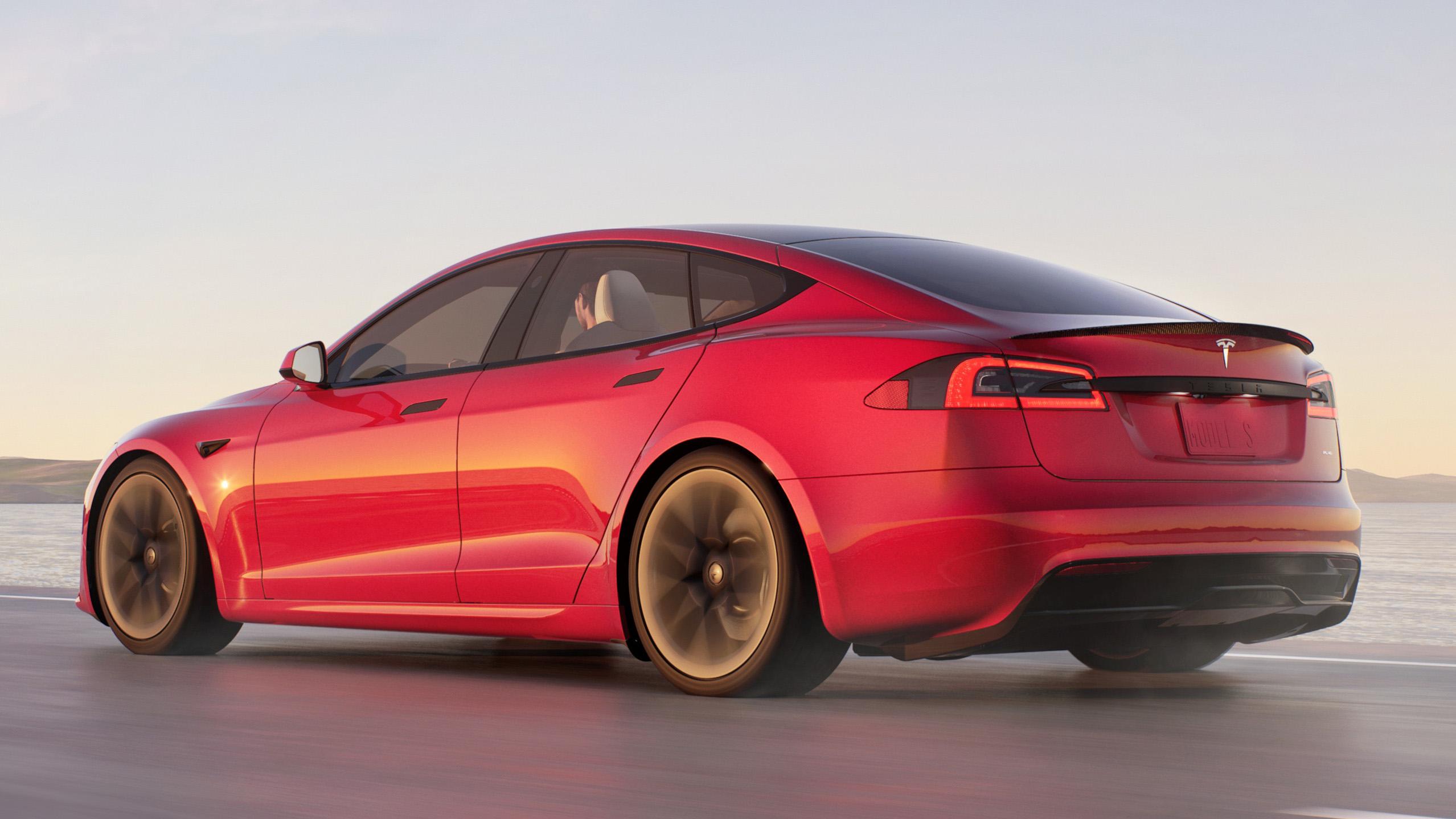 Tesla Model S Plaid traseira 34169